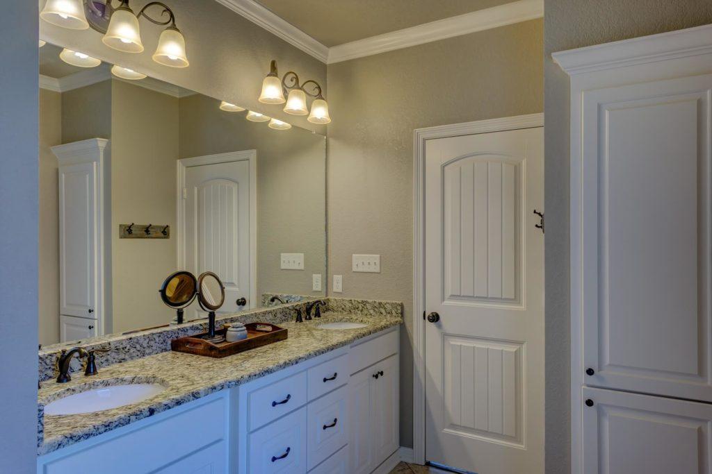 Drzwi łazienkowe - porównaj ofertę wielu producentów - FHU Tokarczyk