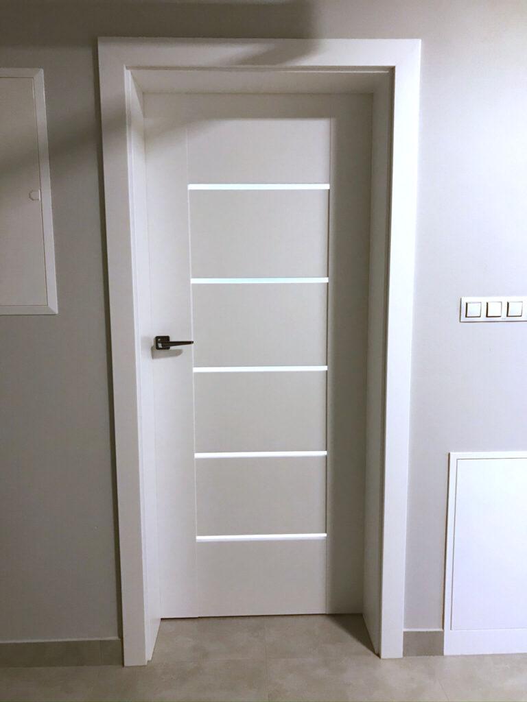 Drzwi DRE Auri białe - montaż Okna i Drzwi Tokarczyk