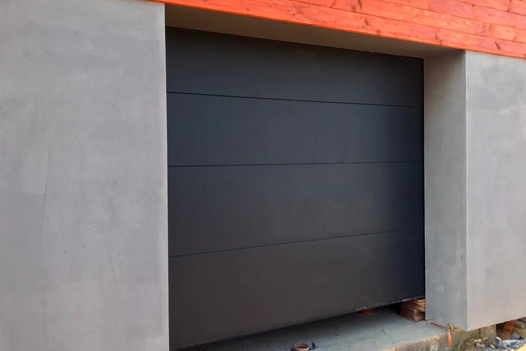 Brama podnoszona automatycznie - FHU Tokarczyk