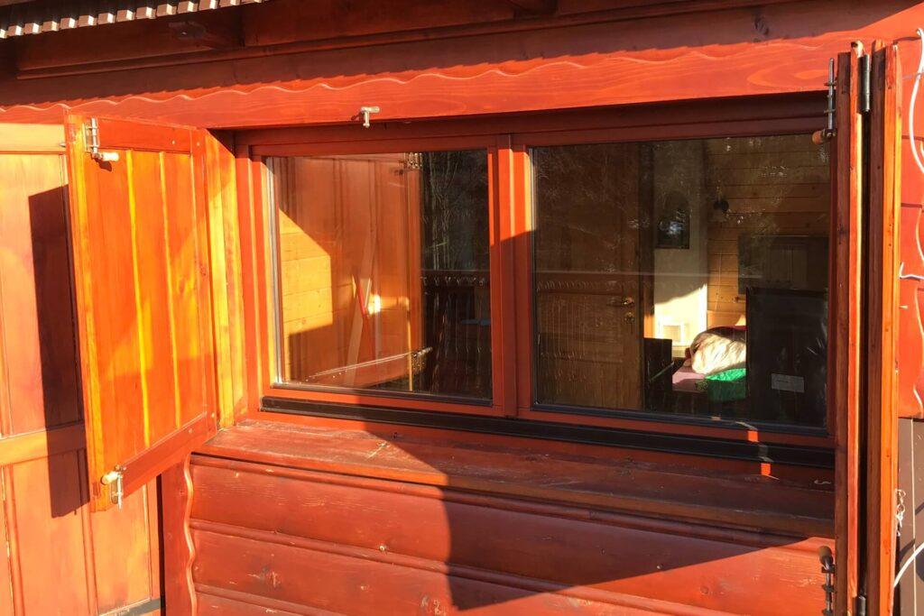 Okna drewniane w okiennicach - FHU Tokarczyk Małopolska
