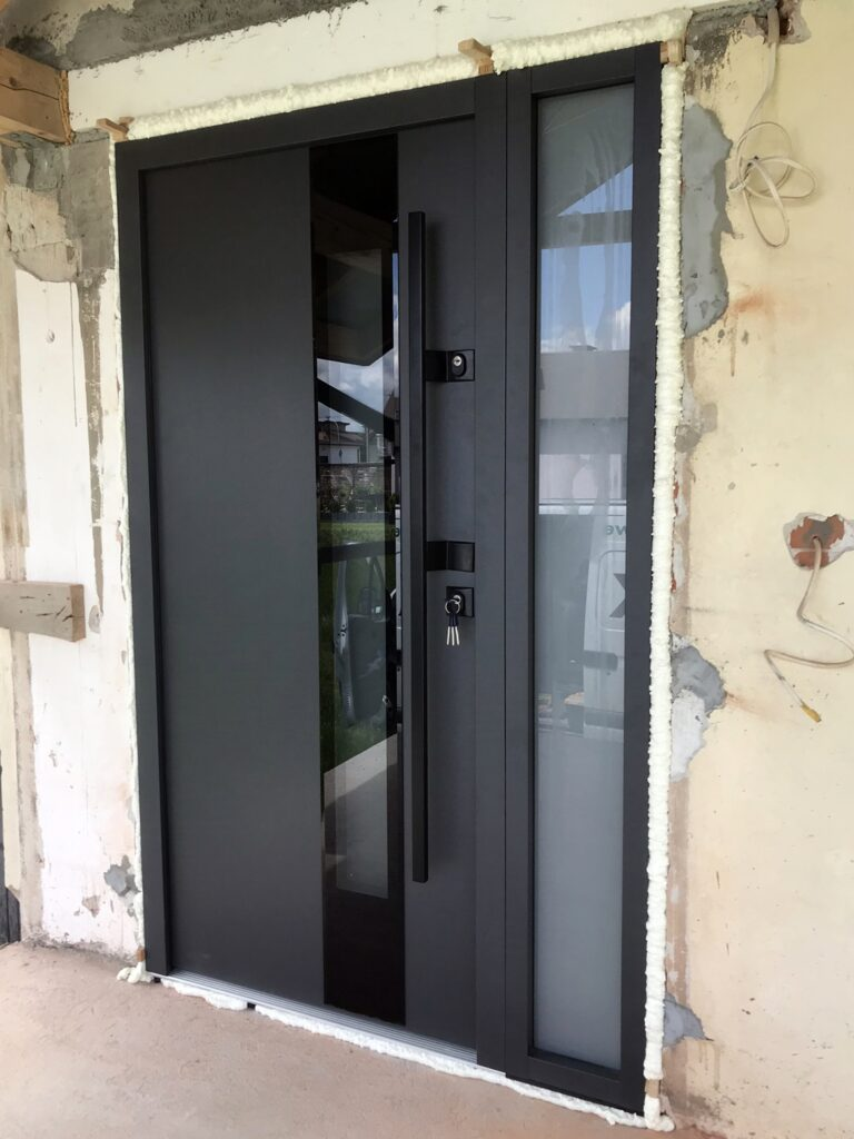 Drzwi wejściowe z antabą - FHU Tokarczyk Małopolska